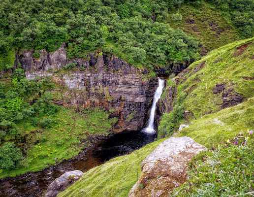 Poster Waterfall Rauschen Water Nature Schottland Isle Of