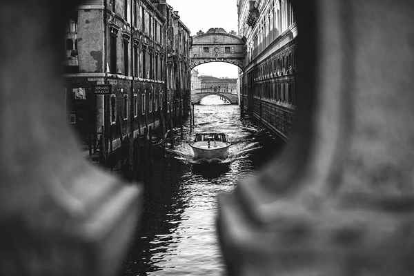Poster Italy Venedig Kanal Architecture Historic Boote Water
